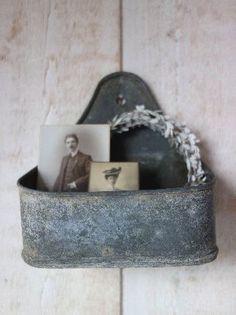 Silent Solitude Vintage Vignettes, Vintage Decor, French Vintage, Retro Vintage, Vintage Soul, Shabby Chic Antiques, Photographs And Memories, French Country Cottage, Vintage Interiors