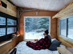 Tiny House Ideas that will change your life ! Home Design, Tiny House Design, Design Ideas, Design Blog, Buy A Tiny House, Tiny House Living, Tiny House Bedroom, Buy House, Tiny House On Wheels
