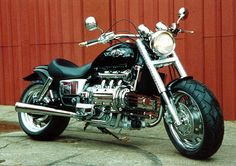 Honda Valkyrie Cropped fenders http://www.valkyrieforum.com/bbs/index.php?topic=19018.0