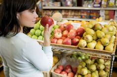 Ten tips on saving money on groceries and eating healthy on a budget!