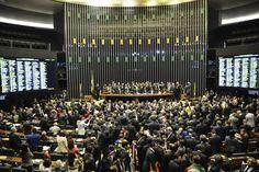 Waldir Maranhão (PP-MA) acolheu pedido da Advocacia-Geral da União. Maranhão assumiu presidência da Câmara com afastamento de Cunha. Nathalia Passarinho Do G1, em Brasília O presidente interino da Câmara, deputado Waldir Maranhão (PP-MA), decidiu nesta segunda-feira (9) anular a votação do impeachment da presidente Dilma Rousseff, ocorrida no dia 17 de abril. Ele acolheu pedido ...