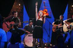 Paramore perform on 'MTV Unplugged. Mtv Unplugged, Hayley Williams, Paramore, Photo Galleries, Concert, Music, Artist, Dream Job, Meet
