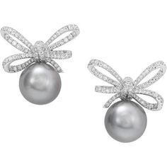 Preowned Vanleles Diamond Gold Pearl Lyla's Bow Earrings (571.125 RUB) ❤ liked on Polyvore featuring jewelry, earrings, multiple, stud earrings, 18 karat gold earrings, bow stud earrings, 18k earrings, grey earrings and white diamond earrings