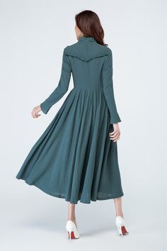 DETAIL * dark green linen fabric * long sleeves * back zipper closure * no pockets * pleated on the waist * with ruffle details * length approx 126 cm * Womens dress, party dress,evening dress,day dress SIZE GUIDE Available in women's US sizes 2 to 18, as well as custom size and plus size. Size chart PDF https://img1.etsystatic.com/117/0/7768512/icm_fullxfull.88761713_kppuw4pg028c0wso0ckk.pdf PHOTO https://img0.etsystatic.com/106/0/77...