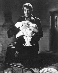 Michael Redgrave in Dead of Night