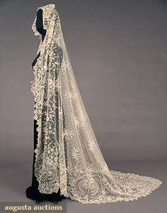 Handmade White Brussels Lace Veil Appliqued On Cotton Net    c.1860-1880  -  Augusta Auctions