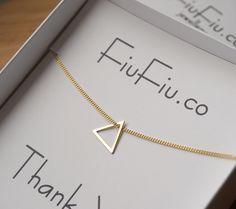 Łańcuszek srebrny - trójkąt FiuFiu