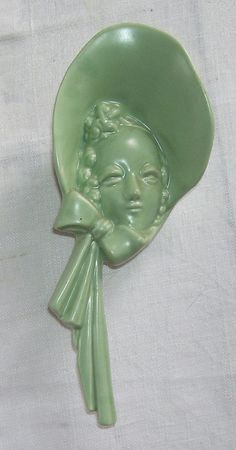 Vintage Green Ladies Head with Bonnet Hanging Pottery Wall Pocket, Home Decor, Victorian Decor,Ceramic Head Vase Wall Pocket,