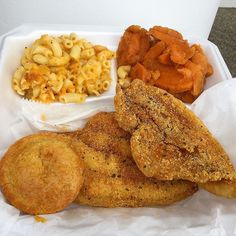 Catfish yams and mac & cheese @thecandiedyamgr #soulfood #thecandiedyamgr #catfish #yams #macandcheese