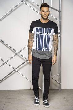 Camiseta Manga Corta Cuello Redondo Único para Hombre - P528575 - pacifika.com Polo T Shirts, Boys Shirts, Boy Outfits, Fashion Outfits, Men's Fashion, Mens Fashion Online, Denim Shirt Men, Men Design, Trendy Fashion
