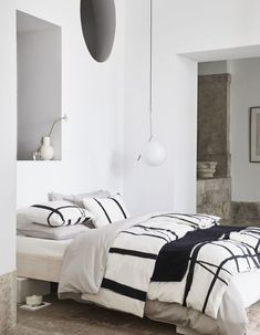 Neutral Nordic bedroom with patterned duvet cover set. What I would like my bedroom to look like. Luxury Bedding Collections, Luxury Bedding Sets, Home Collections, Dispositions Chambre, Bedroom Furniture, Bedroom Decor, Bedroom Ideas, Bedroom Bed, Bedroom With Bath