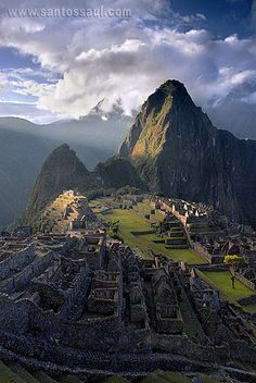 "Machu Picchu, Perú. #travel #route #peru One of the ""New"" Seven Wonders of the World. Plan your travel with http://www.way-away.com/travel-itineraries/peru/peru-in-16-days-for-independent-travellers/ This world is really awesome. The woman who make our chocolate think you're awesome, too. Please consider ordering some Peruvian Chocolate http://www.amazon.com/gp/product/B00725K254"