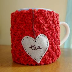 Cozies! Check out all the other cozies in her 'My Creations' set on Flickr. Awesome creativi · tea -ation going on there!