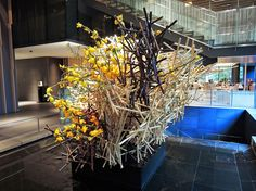Japanese Flowers, Ikebana, Flower Arrangements, Architecture Design, Diy And Crafts, Gardening, Floral, Plants, Projects