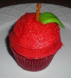 Snow White Party - Apple Cupcakes