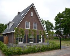 Curb Appeal, Netherlands, New Homes, Cabin, House Styles, Houses, Home Decor, New Construction, Rural House