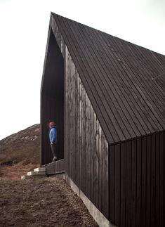 Wohnhaus in Schottland von Raw Architects Workshop / Knick im Hügel - Architektur und Architekten - News / Meldungen / Nachrichten - BauNetz...