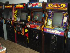 arcade video game repair picture  http://www.liannmarketing.com/playstation