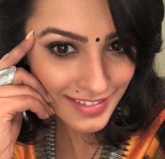 "anitahassanandani: ""Working thinking smiling waiting selfie "" Indian Tv Actress, Indian Actresses, Vogue Magazine, Gorgeous Women, Boobs, Photoshoot, Bride, Photo And Video, Lady"
