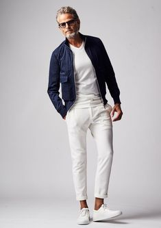 Summer Outfits Men, Stylish Mens Outfits, Casual Outfits, Men Casual, Outfits In Weiss, Older Mens Fashion, Style Masculin, Look Man, Mode Vintage