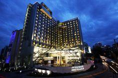 Steve Linch tomó esta extraordinaria fotografía del nuevo JW Marriott Hotel Mexico City Santa Fe Av. Santa Fe 160, Col Santa Fe · Ciudad de México, Distrito Federal 01219 México http://www.espanol.marriott.com/hotels/travel/mexsf-jw-marriott-hotel-mexico-city-santa-fe/