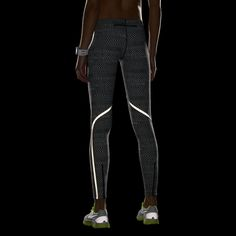 Christmas! #5 Nike Store. Nike Luxe Women's Running Tights Black. Reflective strip for running at dusk