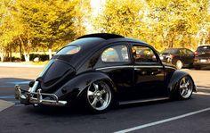 VW Bug - Everyone loves a bug! Vw Bus, Vw Camper, Campers, Ferdinand Porsche, Volkswagon Van, Vw Volkswagen, Hot Vw, Vw Classic, Vw Vintage