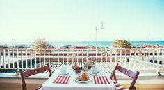 Hotel Sirenetta ligger vid stranden i Ostia och erbjuder gratis WiFi och rum i klassisk stil med luftkonditionering.
