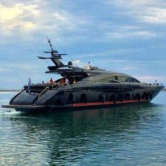 Yacht Design, Super Yachts, Speed Boats, Power Boats, Yachting Club, Bateau Yacht, Yacht Boat, Boats For Sale, Water Crafts