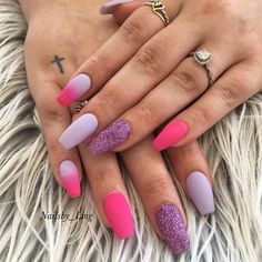 43 Beautiful Nail Art Designs for Coffin Nails-- Matte, Purple and Pink Coffin Nails Pink Gel Nails, Glitter Accent Nails, Coffin Nails Matte, Glitter Manicure, Coffin Shape Nails, Pink Coffin, Purple And Pink Nails, Nail Art Designs, Subtle Nails