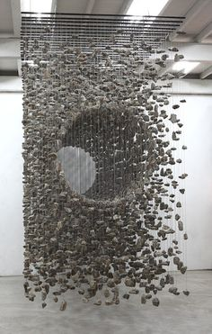 Amazing Three-Dimensional Suspended Rock Installations - - Korean artist Jae-Hyo Lee is known for his comprehensive works made with organic materials found in nature. The contemporary artist's pieces often utilize. Modern Art, Contemporary Art, Street Art, Instalation Art, Art Sculpture, Stone Sculpture, Wow Art, Art Plastique, Public Art