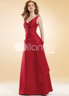 Plunging v-neck and backless style of this red prom dress shows out your feminine beauty. Simple and elegant emphasizing your glamorous movement. Floor length bottom is natural and convenient. Product Details: -Made from satin -Plunging v-neck design -A-line silhouette -Floor length Category: / Occasion Dresses / Prom Dresses