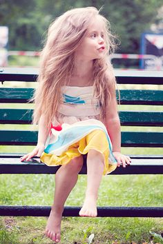OMG ~ She's that pretty, little, tiny, Polish kid fashion model Nikola! Cute Baby Girl Images, Little Girl Pictures, Cute Young Girl, Cute Baby Pictures, Cute Little Girls, Preteen Fashion, Girl Fashion, Blush Pink Outfit, Cute Babies Photography