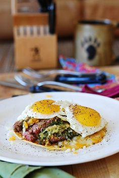 Breakfast flank steak and eggs with guacamole by JuliasAlbum.com, via Flickr