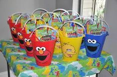 Favor idea for a fun Sesame Street Party - filled with coloring books, books… Second Birthday Ideas, 2nd Birthday, Frozen Birthday, Seasame Street Party, Sesame Street Snacks, Sesame Street Crafts, Elmo Party Favors, Party Hats, Ideas Decoracion Cumpleaños