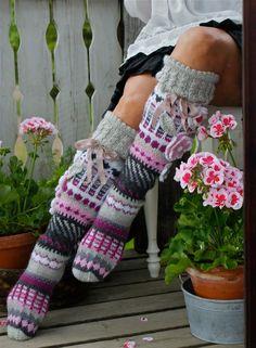 Crochet Shoes, Crochet Slippers, Crochet Clothes, Knit Crochet, Thigh High Socks, Knee Socks, Wool Socks, Knitting Socks, Spring Boots