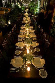 ons wil ook he die tafels moet min of meer so gedek word (nie te veel items op die tafels nie, elegant, stylvol) long table good angle Table Arrangements, Table Centerpieces, Wedding Centerpieces, Wedding Decorations, Table Decorations, Wedding Tables, Centerpiece Ideas, Wedding Dinner, Our Wedding