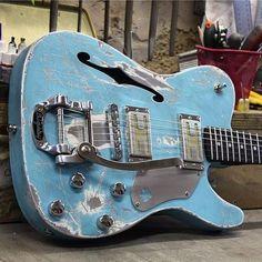 Best Online Cheap Electric Guitars for Sale - Sunfield Music Store Jazz Guitar, Music Guitar, Guitar Chords, Cool Guitar, Acoustic Guitar, Guitar Pics, Guitar Art, Ukulele, Rare Guitars