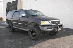 Ford large Ford Expedition SUV lifted