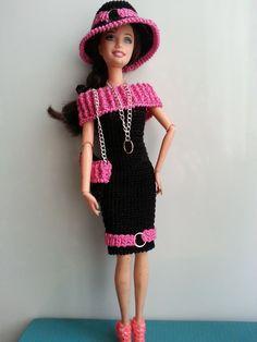 vêtement poupée mannequin Barbie (315)