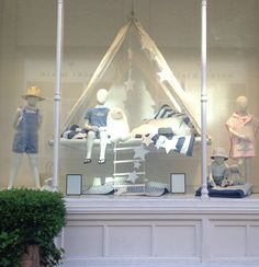 The white company - summer living baby store display, store window displays, visual merchandising Baby Store Display, Store Window Displays, Display Windows, Visual Merchandising Displays, Visual Display, The White Company, Party Deco, Childrens Shop, Retail Store Design
