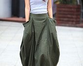 Lagenlook Maxi Skirt Big Pockets Big Sweep Long Skirt in Army Green Summer Linen Skirt - by Sophiaclothing on Etsy Skirt Outfits, Dress Skirt, Cool Outfits, Pleated Skirt, Diy Vetement, Moda Chic, Look Fashion, Fashion Design, Spring Fashion