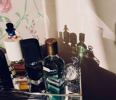 Clock. Magic details.  Perfume. Sunny day. It's ok.  #nasomatto #ortiparisi #home #cozy #room #interior