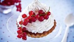 Here are 9 delicious recipes you have to try this May, from scrumptiously simple salads to a mouth-watering mousse. Youll love our quick and easy ideas, we promise. Pavlova, Original Cabbage Soup Diet, I Heart Recipes, Weight Loss Detox, Easy Salads, Fitness Diet, Panna Cotta, Waffles, Yummy Food