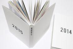 """年賀状を""""製本""""して見せる収納にしてみた(表紙テンプレート配布) New Year Card, Book Design, Handicraft, Diy And Crafts, About Me Blog, Paper, How To Make, Cards, Handmade"""