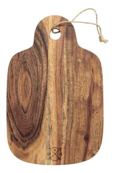 Wooden chopping board: Wooden chopping board with rounded edges and a jute hanger. Size 22x27 cm (length including handle 34 cm).