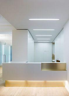 weissraum Dental surgery, Munich. 프로젝트 진행 Ippolito Fleitz Group – Identity Architects.