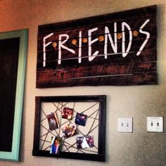 Friends. Pallet. Pallet Wood. Friends TV Show. OMG I WANT THIS!!