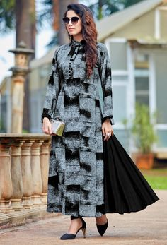 Indian Pakistani Latest Kurti Designs 2019 For New Ideas, no matter where you from all over the Asia because the dress which we are going to show you in this article is very popular in the women of all Asian countries. Kurta Designs, Printed Kurti Designs, Tunic Designs, Kurti Designs Party Wear, Latest Kurti Designs, Anarkali, Lehenga, Stylish Kurtis, Fancy Kurti