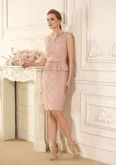 The cocktail dress and other designs with which you will be the most elegant godmother Mom Dress, Peplum Dress, Lace Dress, Bodycon Dress, Dress Long, Evening Dresses, Prom Dresses, Formal Dresses, Godmother Dress